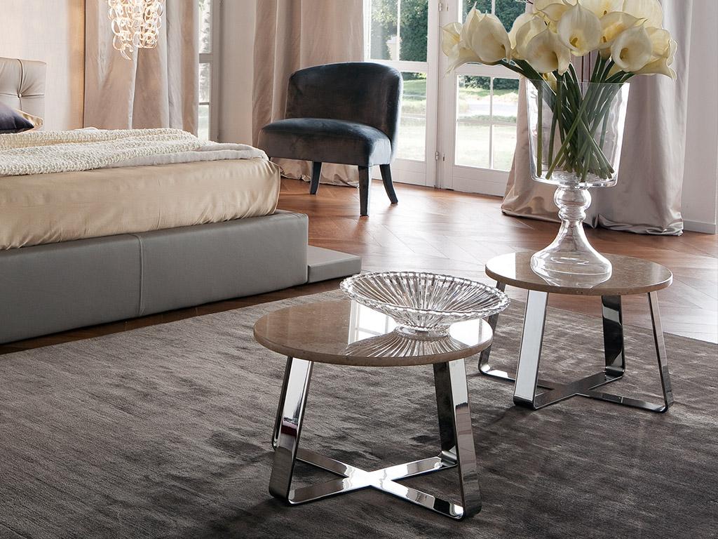 Letto matrimoniale grandi dimensioni idee per il design for Grandi piani di una camera da letto