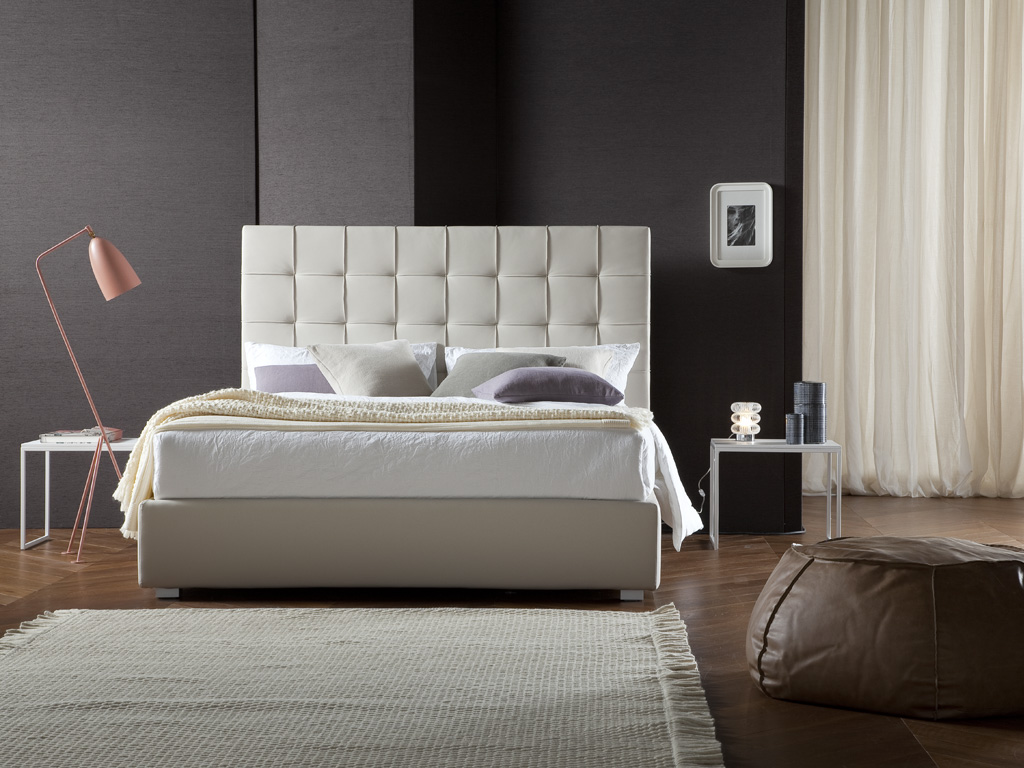 Letto imbottito rivestito in ecopelle Cloe by Chaarme - Chaarme