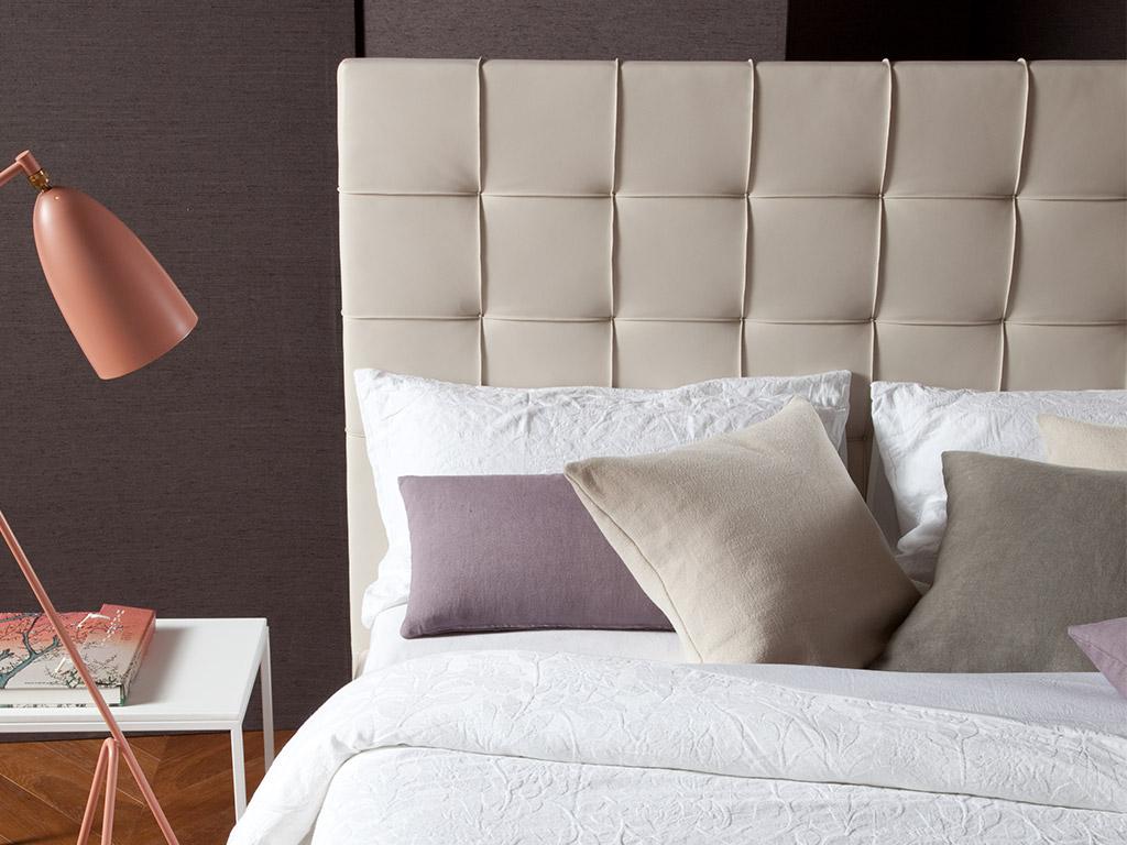 Testiera letto singolo imbottita beautiful letto ferro - Letto in pelle ikea ...