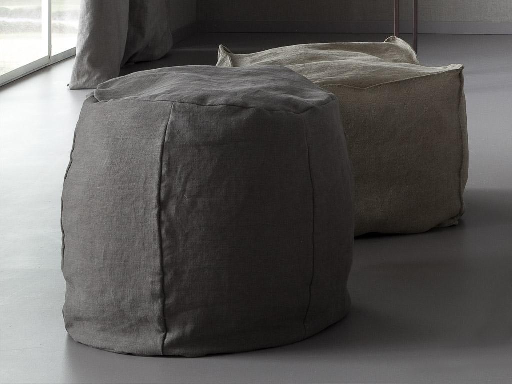 pouf sacco parentesi ? arredare la camera da letto con stile - chaarme - Pouf Per Camera Da Letto